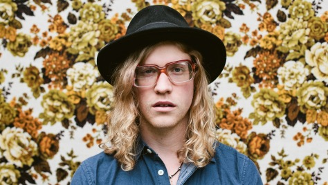 Allen Stone Goes for the Heart