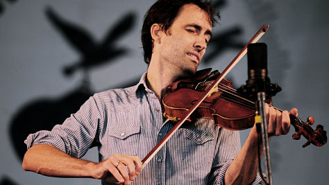 Andrew Bird's Engaging Dittes