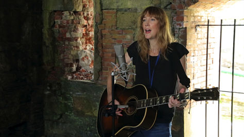 Indie: Video: Beth Orton at the Paste Ruins