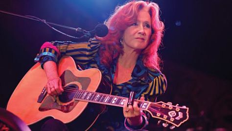 Video: Bonnie Raitt Channels the Delta