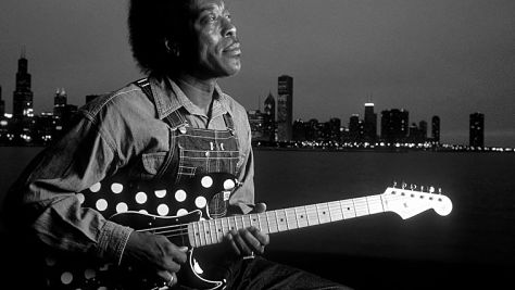 Video: Buddy Guy's Blistering Licks