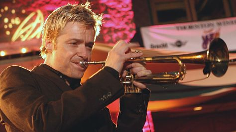 Video: Chris Botti at Newport '06