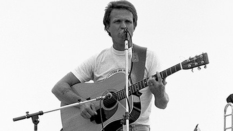 Folk & Bluegrass: Country Joe a Decade After Woodstock