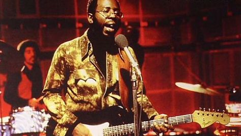 Rock: Video: Curtis Mayfield Plays 'Superfly'
