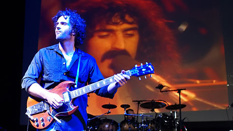Rock: Dweezil Zappa Honors His Dad