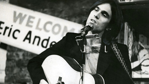 Eric Andersen Plays 'Thirsty Boots' in Queens