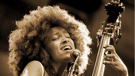 Video: Esperanza Spalding at Newport, 2008