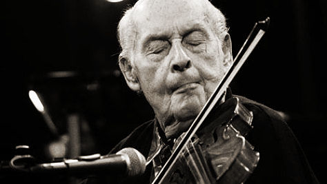 Jazz: Stephane Grappelli Swings the Standards