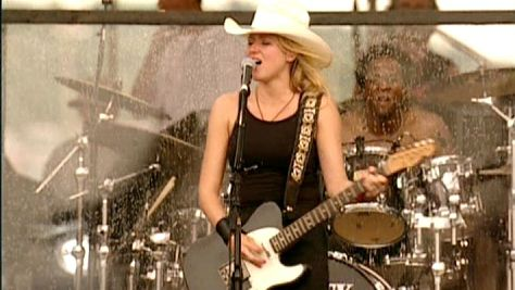 Rock: Jewel at Woodstock '99