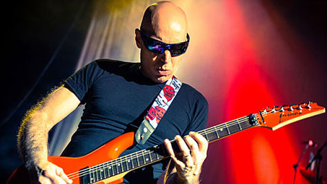 Rock: Joe Satriani's Mondo Chops