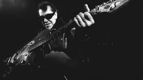 Link Wray's Raucous Rumble
