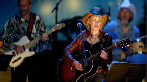 Country: Uncut: Lucinda Williams at Tramps, '98