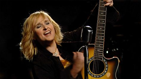 Folk & Bluegrass: Melissa Etheridge Flies Solo, '93