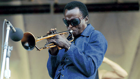 Jazz: Video: Miles Davis at Tanglewood, '70