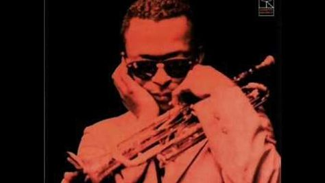 "Miles Davis Records ""'Round Midnight"""
