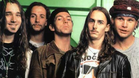 Rock: Pearl Jam's Ferocious Riffing