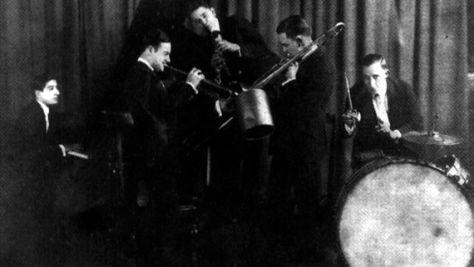 Phil Napolean's Dixieland Six