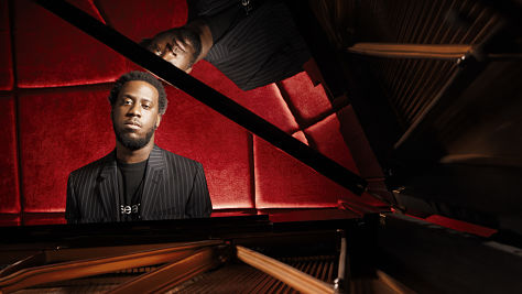 Jazz: Robert Glasper Trio at Newport '06
