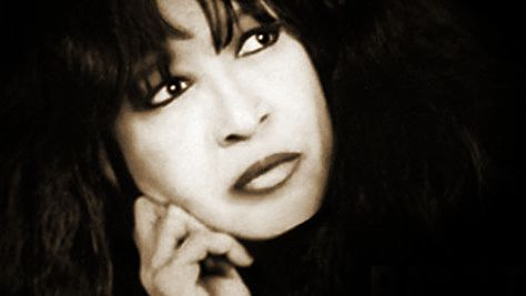 Rock: Ronnie Spector's Retro Revue