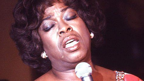 Jazz: Sarah Vaughan Weaves Her Spell