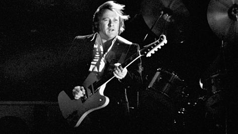 Rock: Video: Stephen Stills at the Capitol Theatre