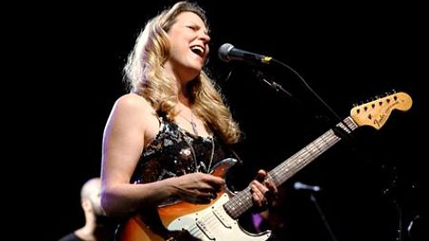 Video: Susan Tedeschi at Newport '07