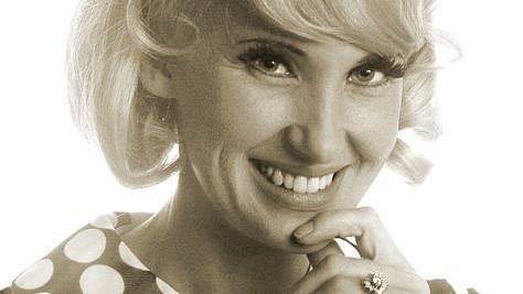 Country: Tammy Wynette Stands By Her Man
