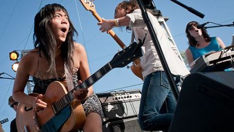 Indie: Thao & the Get Down Stay Down at SWSW