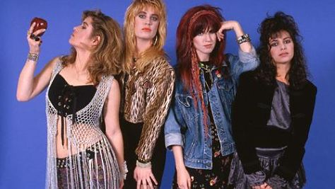 Rock: The Bangles in a 'Different Light'