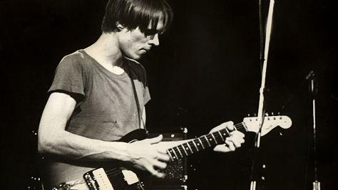 Rock: Tom Verlaine at Tramps, 1996