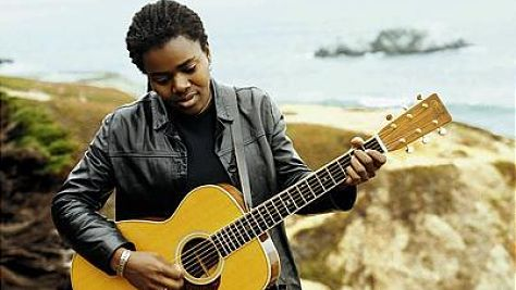 Folk & Bluegrass: Tracy Chapman Hits a Milestone