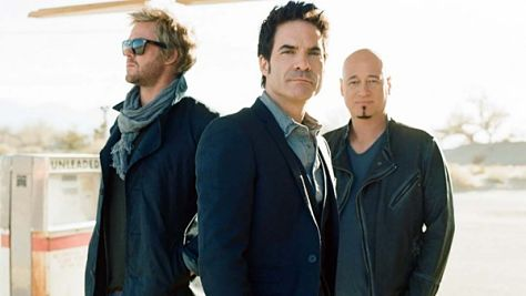 Train Rolls Into Fillmore Auditorium