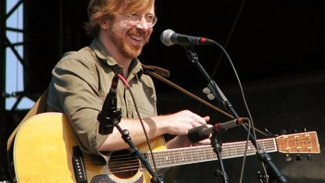 Folk & Bluegrass: Video: Trey Anastasio Unplugged at Newport