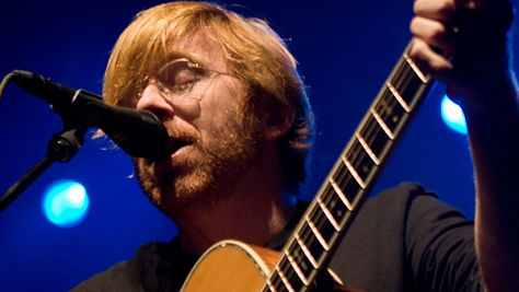 Folk & Bluegrass: Trey Anastasio Flies Solo
