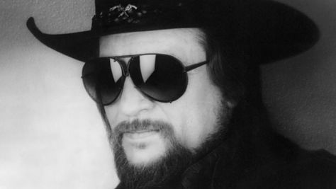 Waylon Jennings' Tribute to Hank, Sr.