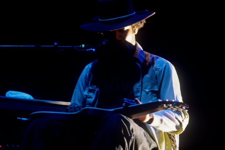 Ben Harper BG Archives Print from Calaveras County Fairgrounds on 29 May 99: 11x14 C-Print
