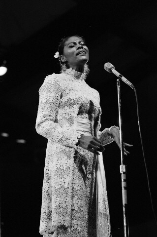 Dionne Warwick Fine Art Print from Festival Field on 02 Jul 71: 11x14 Silver Gelatin