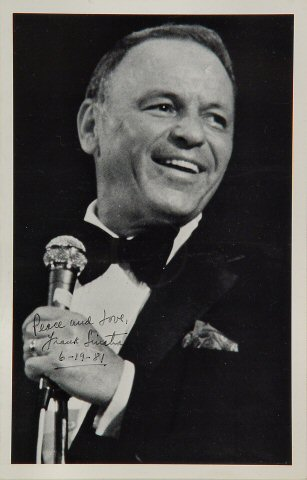 "Frank Sinatra Program from Masonic Auditorium on 19 Jun 81: 5 1/2"" x 8 1/2"""