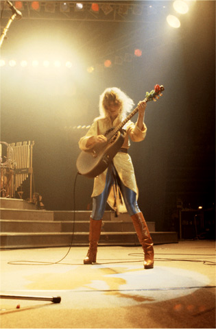 Nancy Wilson Fine Art Print from New Haven Veterans Memorial Coliseum on 12 Oct 78: 11x14 C-Print
