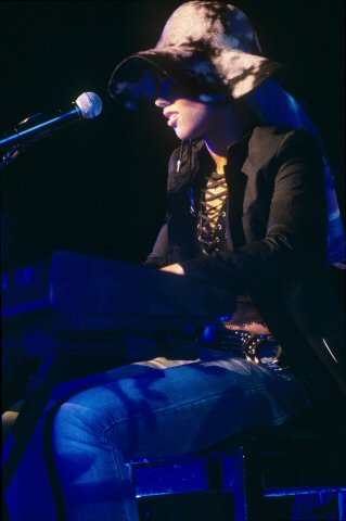 Alicia Keys BG Archives Print from Paramount Theatre on 04 Mar 02: 11x14 C-Print