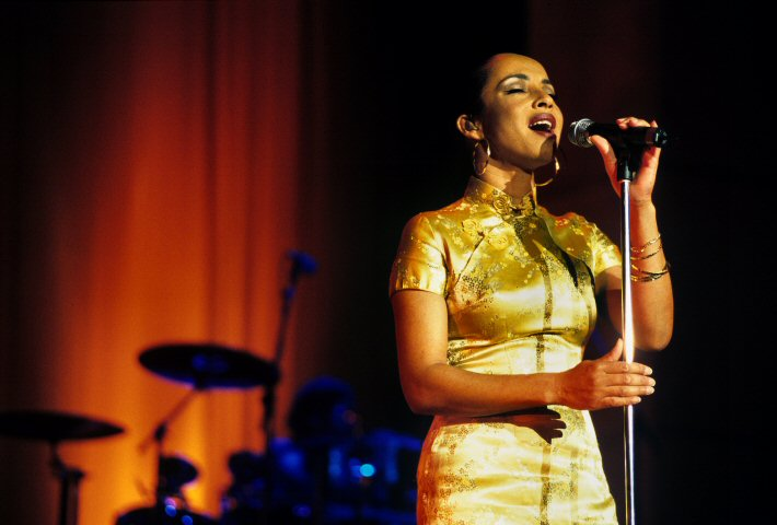 Sade BG Archives Print from Shoreline Amphitheatre on 18 Jul 01: 16x20 C-Print
