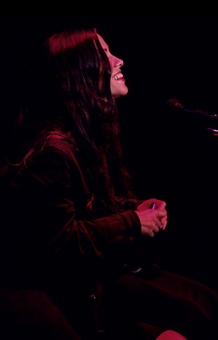 Alanis Morissette BG Archives Print from Shoreline Amphitheatre on 18 Oct 97: 16x20 C-Print