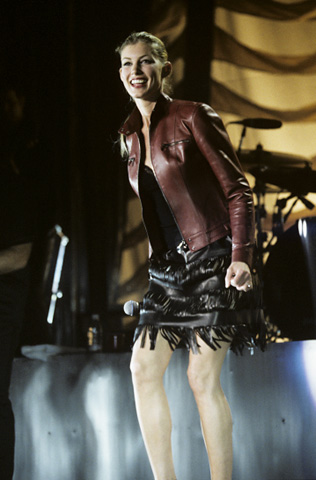 Faith Hill BG Archives Print from San Jose Arena on 28 Apr 99: 11x14 C-Print