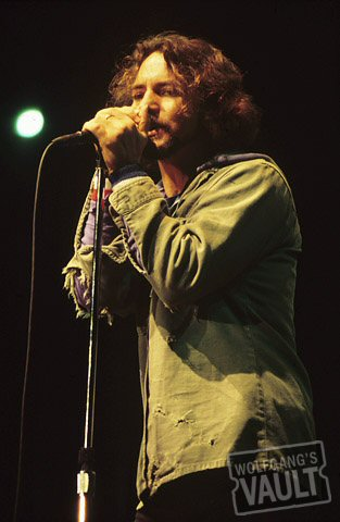 Eddie Vedder BG Archives Print from Sacramento Valley Amphitheatre on 30 Oct 00: 16x20 C-Print