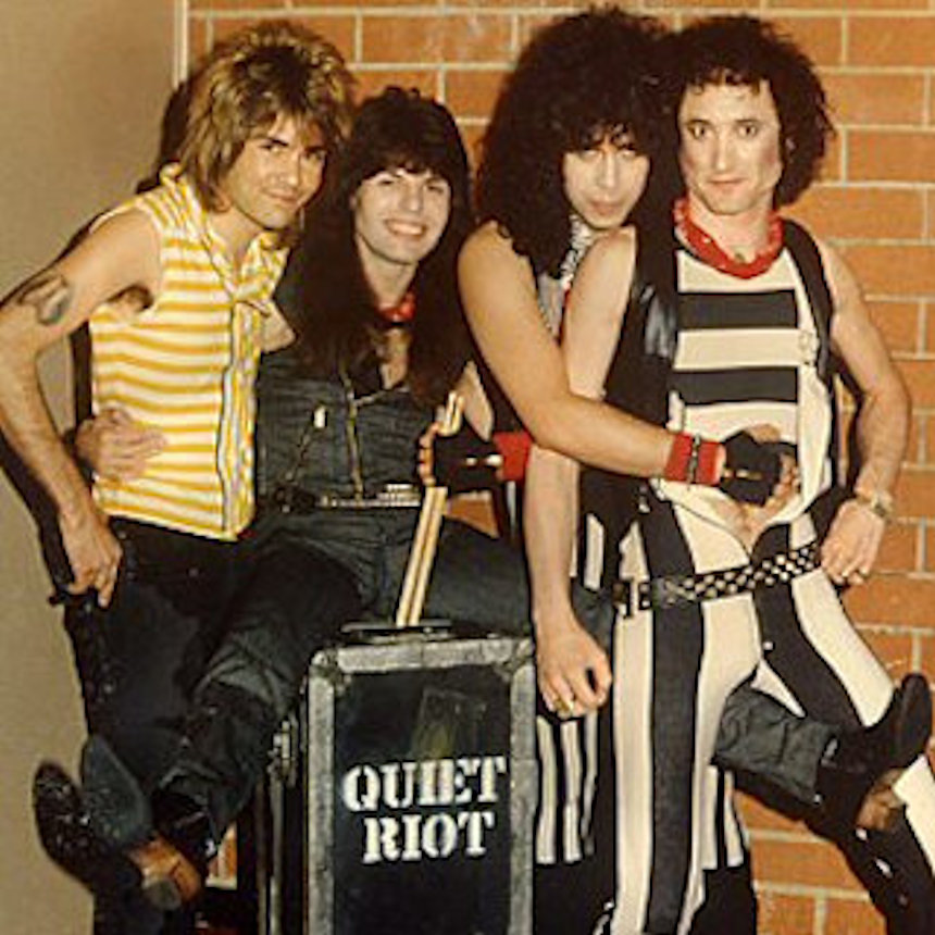 Quiet Riot Metal Health Album World Tour 1984 Mens T Shirt Rock Concert Merch