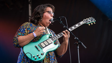 Indie: Alabama Shakes Visit Paste