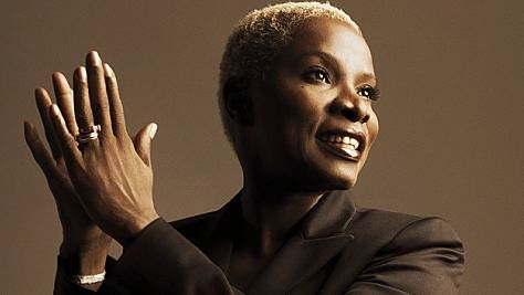 Folk & Bluegrass: Video: Angelique Kidjo Covers Jimi Hendrix