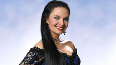 Country: Crystal Gayle's Crossover Country Sound