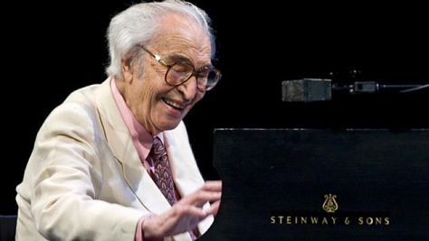 Jazz: Video: Dave Brubeck at '02 Newport