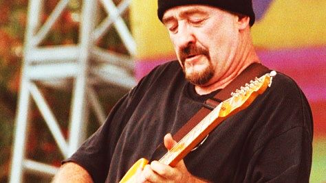 Rock: Dave Mason's Soulful Touch